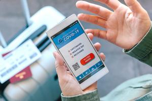 Llega el pasaporte COVID: Cómo evitar los timos y falsificaciones